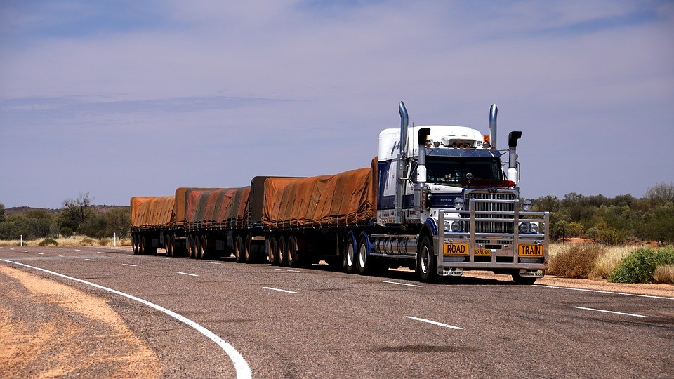 Leveraging Trucking Data to Make Key Carrier Decisions for Shippers